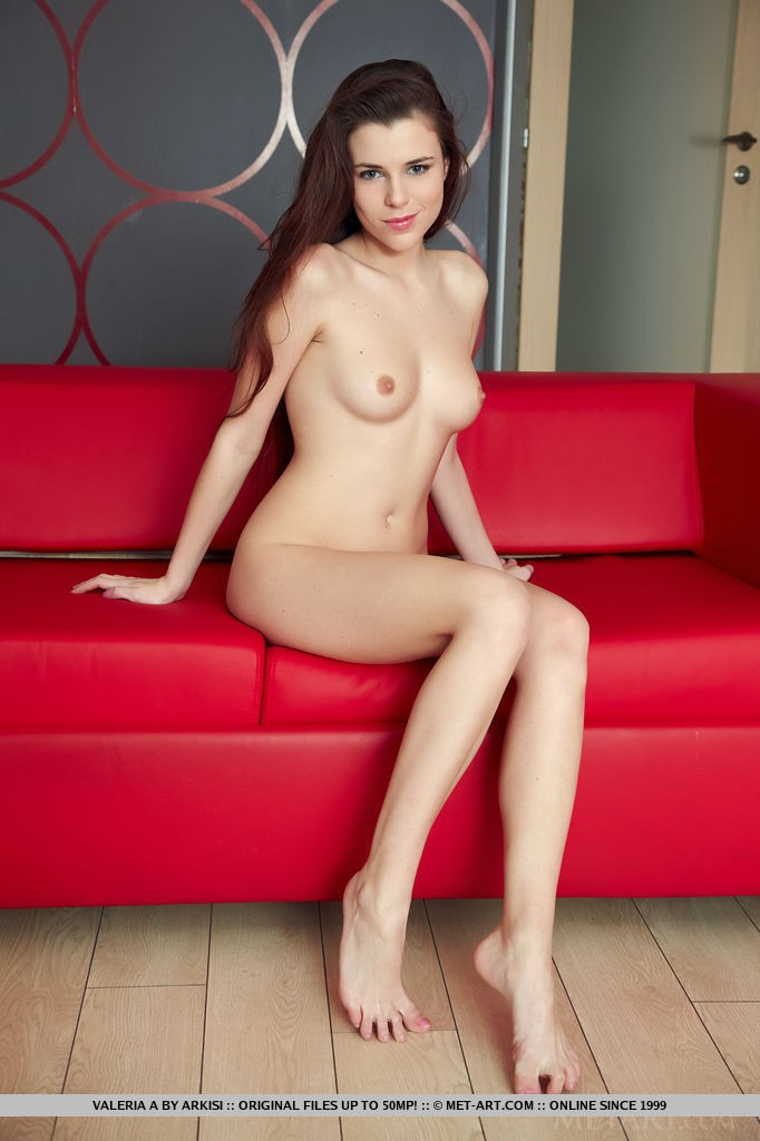 Hot Teen Brunette Babe Valeria A
