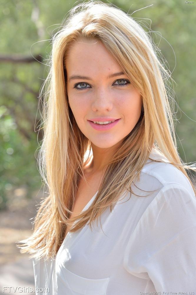 Hot Naked Teen Blonde Kenna