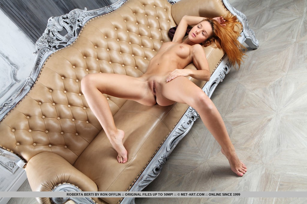 Beautiful Redhead Babe Roberta Berti in Botena By Ron Offlin